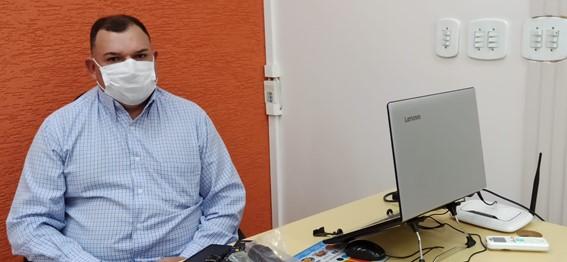 Presidente Zé Roberto durante os trabalhos na terça-feira. (Imagem: Denílson Lopes de Andrade)