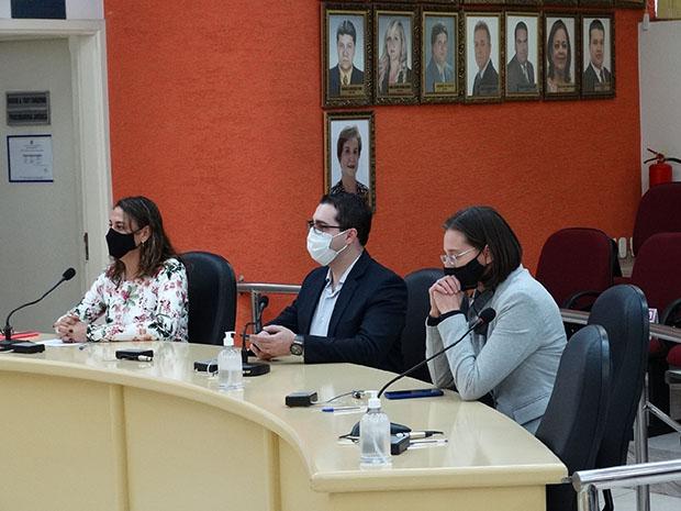 Diretores e procuradores jurídicos participaram da audiência. (Imagem: Denílson Lopes de Andrade)